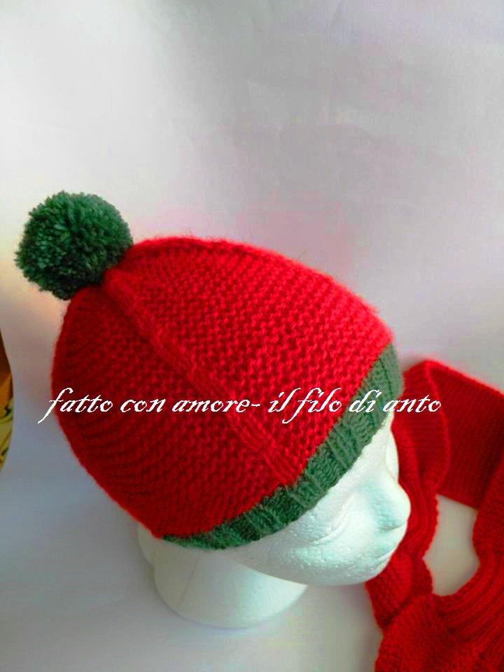 Cappello bambino in pura lana 100% rossa con pompom