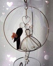 Sposini stilizzati realizzati in vetro