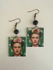 Orecchini pendenti di carta Frida Khalo