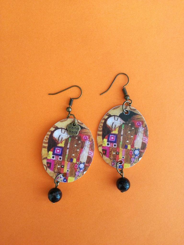 """Orecchini pendenti dedicati dipinto """"L'abbraccio"""" di Gustav Klimt"""