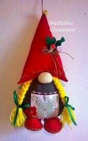 Gnomo folletto dal naso grosso e cappello rosso: Brunilde