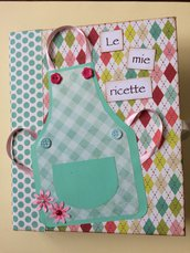 Ricettario formato A5 quaderno ad anelli fantasia rosa e verdi